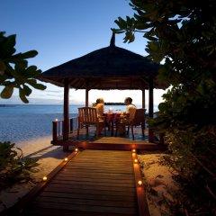 Отель Banyan Tree Vabbinfaru Мальдивы, Северный атолл Мале - отзывы, цены и фото номеров - забронировать отель Banyan Tree Vabbinfaru онлайн гостиничный бар