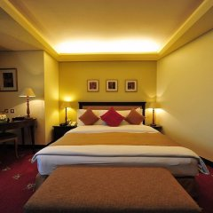 Отель Le Royal Hotels & Resorts - Amman Иордания, Амман - отзывы, цены и фото номеров - забронировать отель Le Royal Hotels & Resorts - Amman онлайн сейф в номере