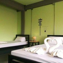 Samsen 8 Hostel Бангкок сейф в номере