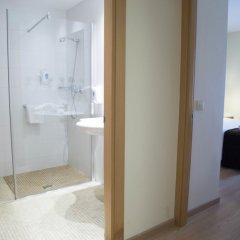 Отель Aura Park Aparthotel Оспиталет-де-Льобрегат ванная фото 2