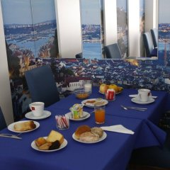 Отель Patria Hotel Португалия, Лиссабон - 1 отзыв об отеле, цены и фото номеров - забронировать отель Patria Hotel онлайн питание фото 3