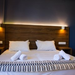 Отель Stalis Blue Sea Front Deluxe Rooms комната для гостей фото 5