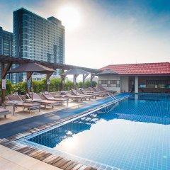 Intimate Hotel Паттайя бассейн фото 2