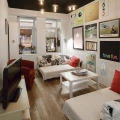 Hush Hostel Lounge Турция, Стамбул - 2 отзыва об отеле, цены и фото номеров - забронировать отель Hush Hostel Lounge онлайн комната для гостей фото 4