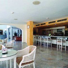 Отель ELE La Perla Испания, Мотрил - отзывы, цены и фото номеров - забронировать отель ELE La Perla онлайн гостиничный бар