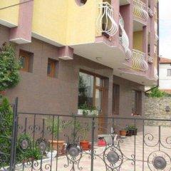 Отель Family Hotel Denica Болгария, Аврен - отзывы, цены и фото номеров - забронировать отель Family Hotel Denica онлайн парковка