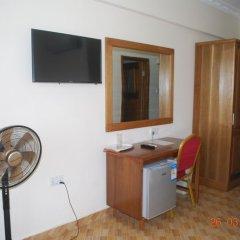 Ampomaah Hotel удобства в номере фото 2