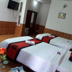 Отель Red Ceramics Homestay Вьетнам, Хойан - отзывы, цены и фото номеров - забронировать отель Red Ceramics Homestay онлайн сауна