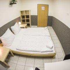 Хостел Seven Prague Номер категории Эконом с различными типами кроватей фото 9