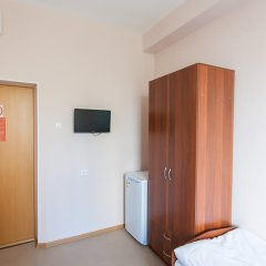 V Centre Hotel Номер Эконом с разными типами кроватей фото 6