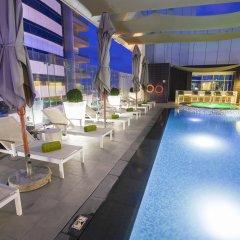 Отель The ACT Hotel - Sharjah ОАЭ, Шарджа - отзывы, цены и фото номеров - забронировать отель The ACT Hotel - Sharjah онлайн бассейн