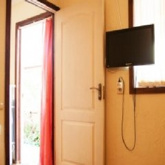 Гостиница Anna Guest House Номер Комфорт с разными типами кроватей фото 6