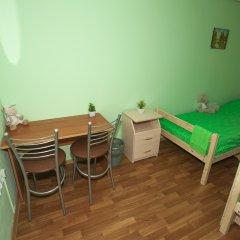 Хостел ВАМкНАМ Захарьевская Номер с общей ванной комнатой с различными типами кроватей (общая ванная комната) фото 12