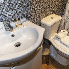 Отель B16 - Casa dos Montes in Alvor Португалия, Портимао - отзывы, цены и фото номеров - забронировать отель B16 - Casa dos Montes in Alvor онлайн ванная фото 2