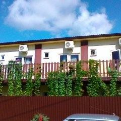 Гостиница Guest house Ludmila в Ольгинке отзывы, цены и фото номеров - забронировать гостиницу Guest house Ludmila онлайн Ольгинка балкон