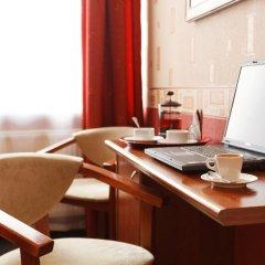 Гостиница Регина 3* Номер Комфорт с различными типами кроватей фото 12