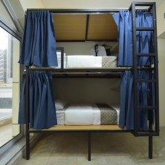 Отель Backpacker 16 Accommodation Кровать в общем номере с двухъярусной кроватью
