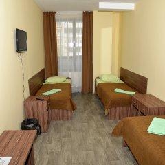 Отель Вояж 2* Кровать в общем номере фото 4