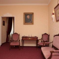 Гостиница Бристоль 4* Люкс с различными типами кроватей