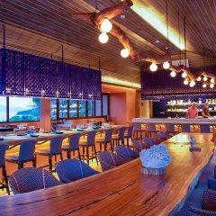 Sri Panwa Phuket Luxury Pool Villa Hotel гостиничный бар фото 2