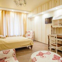 Мини-отель London Eye Улучшенный номер с различными типами кроватей фото 2