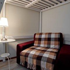 и Хостел Centeral Hotel & Hostel Стандартный семейный номер с разными типами кроватей (общая ванная комната)
