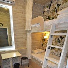 Хостел Казанское Подворье Кровать в мужском общем номере с двухъярусной кроватью фото 2