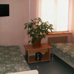 Azaliya Hostel Номер с различными типами кроватей (общая ванная комната)