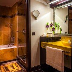 L'Hotel du Collectionneur Arc de Triomphe 5* Представительский номер разные типы кроватей фото 7