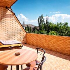 Гостиница Prohlada Inn Улучшенный номер с различными типами кроватей фото 7