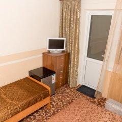 Гостиница Guest House Nika Номер с общей ванной комнатой с различными типами кроватей (общая ванная комната) фото 4