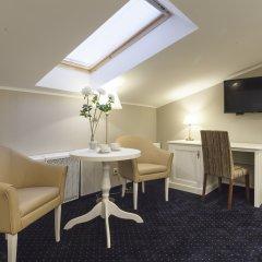 Мини-отель ЭСКВАЙР 3* Улучшенный номер с различными типами кроватей фото 2