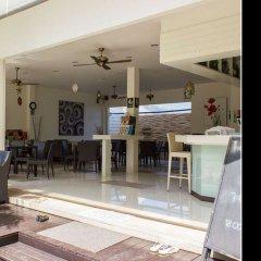 Отель Вилла The Regent Kamala Phuket by Sirilak гостиничный бар