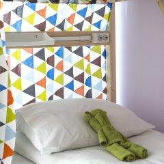 Хостел Bla Bla Hostel Rostov Кровать в женском общем номере с двухъярусной кроватью фото 3