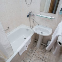 Гостиница Саяны 2* Стандартный номер разные типы кроватей фото 14