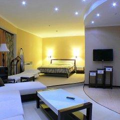 Гостиница Лазурный Алушта Люкс с различными типами кроватей фото 4