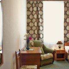 Гостиница Корона в Нальчике 1 отзыв об отеле, цены и фото номеров - забронировать гостиницу Корона онлайн Нальчик комната для гостей фото 4
