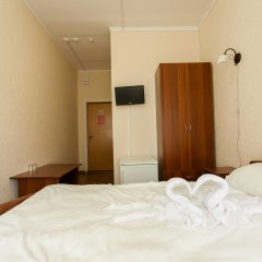 V Centre Hotel Стандартный номер с разными типами кроватей фото 8