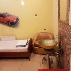 Hostel RETRO Кровать в общем номере с двухъярусной кроватью фото 2