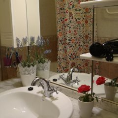 Goldfish Hostel Номер Эконом с разными типами кроватей (общая ванная комната) фото 3