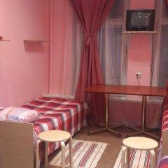 Мини-отель Лира Кровать в общем номере с двухъярусной кроватью