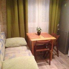 Апартаменты Изюмская комната для гостей фото 3
