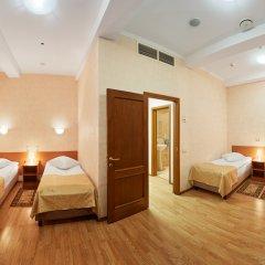 Гостиница ГородОтель на Казанском Кровать в мужском общем номере с двухъярусной кроватью