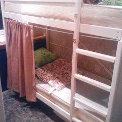 Хостел У Башни Кровать в общем номере с двухъярусной кроватью фото 7