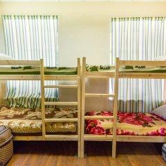 Chekhov Bro Hostel Кровать в общем номере фото 6