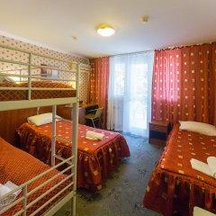 Одеон Отель Кровать в мужском общем номере фото 2