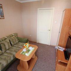 Мини-отель Банановый рай Полулюкс с разными типами кроватей фото 2