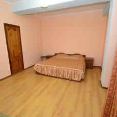 Гостиница Karavan 2 Стандартный номер с различными типами кроватей фото 16