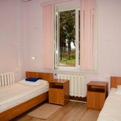 Хостел Бор на Волге Стандартный номер 2 отдельные кровати (общая ванная комната)