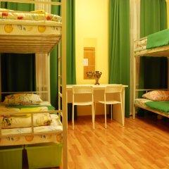 Хостел GooDHoliday Кровать в женском общем номере с двухъярусной кроватью фото 6